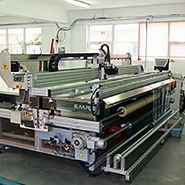 Многоинструментален плотер за контурно рязане на PVC, акрил и др.