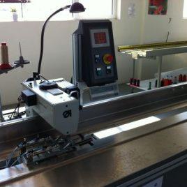 Автоматична шевна глава за съшиване и подгъване - работна дължина :  до 8400 мм